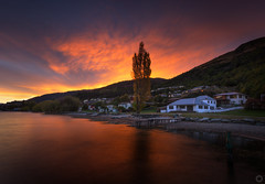 Frankton Sunset (stevoarnold) Tags: sunset red newzealand sky cloud seascape water dark jetty southisland queenstown frankton
