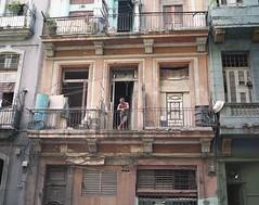 Havana - Cuba (IV2K) Tags: street mamiya film kodak balcony havana cuba centro castro caribbean habana portra kuba 160nc kodak160nc mamiya7ii 7ii centrohavana vevado