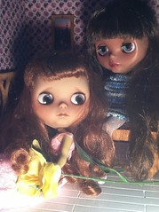 """Blythe-a-Day August 2014#6: On the Floor...Donna and Dafina """"In My Room"""""""