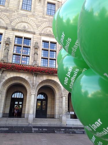 Heliumballonnen 100 Jaar Stadhuis Rotterdam