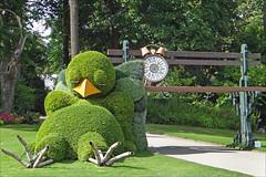 Claude Ponti au jardin des plantes (Le Voyage à Nantes 2014) (dalbera) Tags: france nantes sieste jardindesplantes poussin dalbera fabuleuse claudeponti levoyageànantes