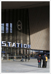 Rotterdam Centraal Station (Jrgen Leschinger) Tags: holland bus station architecture publicspace canon rotterdam europa europe ns nederland thenetherlands tram trainstation cs kap centraalstation klok centralstation architectuur csm metrostation vangelder ov openbaarvervoer weena nsp west8 rotterdamcentraal rcd treinstation hsl openbareruimte nederlandsespoorwegen conradstraat prorail stationshal nsstation randstadrail 2013 overkapping dutcharchitecture stationssingel transporthub transportterminal delftseplein teamcs besix stationsklok meyerenvanschootenarchitecten benthemcrouwelarchitekten ovterminal rotterdamcentraldistrict mnovervat bamciviel vanhattumenblankevoort jrgenleschinger csmsteelstructures openbaarvervoerterminal mobilistbi ballastnedaminfra iemants nieuwsleutelproject