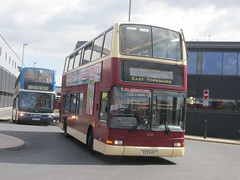 East Yorkshire 658 8225KH Hull Interchange on 57 (1024x768) (dearingbuspix) Tags: 658 eastyorkshire eyms 8225kh w658wkh
