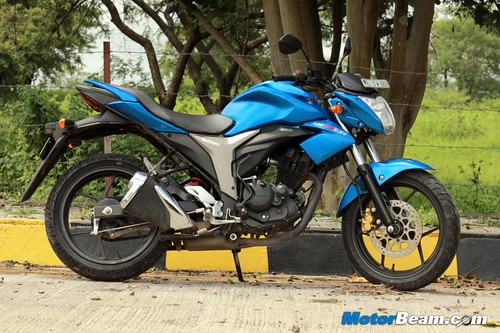 2014-Suzuki-Gixxer-02
