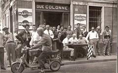 31a-audax-casco-k-federico--rocchi-partenza-davanti-alla-sede-del-m.c.c.--1961