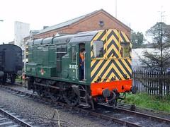 08015 KIDDERMINSTER 161004 (David Beardmore) Tags: br britishrail 060 dieselengine svr severnvalleyrailway britishrailways diesellocomotive gronk class08 dieselshunter shuntinglocomotive 08015 d3022 13022