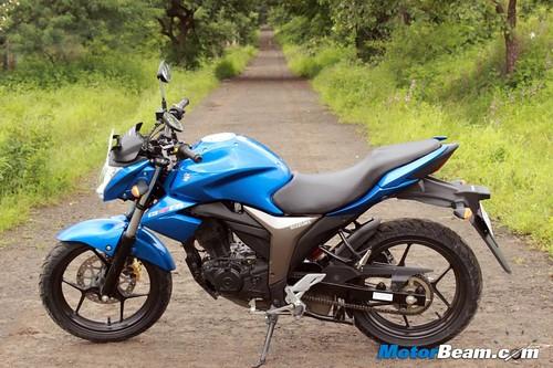 2014-Suzuki-Gixxer-27