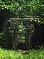 IMG_0393-s (Nini Baseema) Tags: cambodia angkorwat