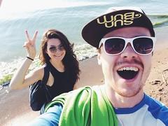 peace (Alexey Tyudelekov) Tags: beach me smile gulf petersburg olya selfie yalo sunbum