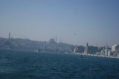Golden Horn (kutzz) Tags: istanbul turkey bosforus sofia ayasofya sultanahmet bluemosque minaret mullah bosphorus goldenhorn fatih galata karakoy kadykoy besctash sisli qızqalası maidentower koska burek simit