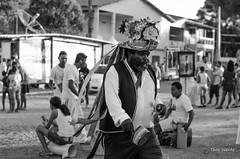 _DSC1330 (TheoWentz) Tags: street men brasil 50mm blackwhite nikon pb mann rua congo theo homem espritosanto wentz folclore strase regencia d7000 brasilemimagens caboclobernardo2014 theowentz