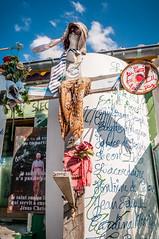 Vende - c'tait sur ma route ! (Dubus Laurent) Tags: ocean sea mer france mill beach water car moulin sand nikon eau religion sable playa voiture unusual bloc vague pecheur plage chteau gomtrie peche hlm castel insolite ponton immeuble jete croix coex vende jsus ocan saintgilles vhicule moulinvent frontdemer ocanatlantique croyance saintjeandemonts sainthilairederiez saintgillescroixdevie d300s cox saintrvrend objectifzoomnikonafsdx18140mmf3556gedvr moulinsaintrvrend paysdestgillescroixdevie moulindesgourmants