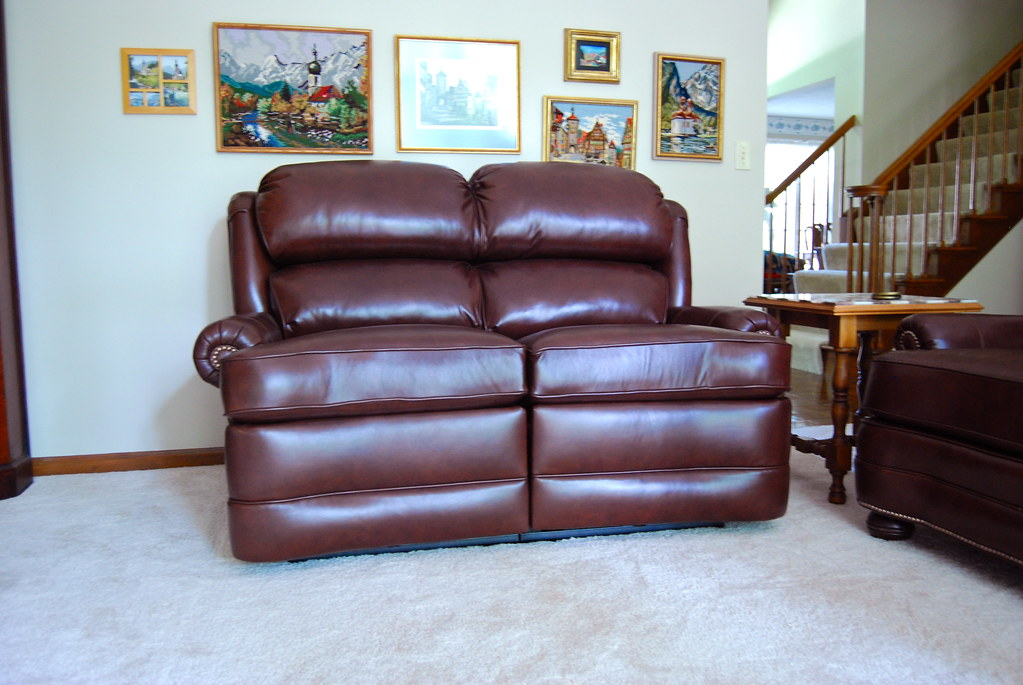 The World 39 S Most Recently Posted Photos Of Leather And Loveseat Flickr Hive Mind