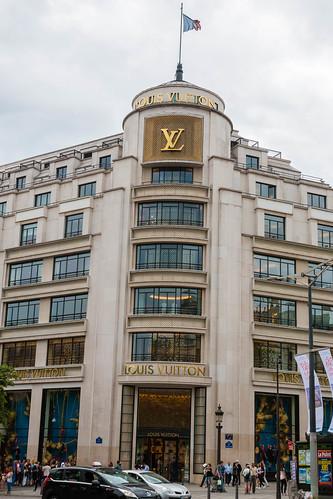 Louis Vuitton sur les Champs-Elysées