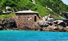 to pertinho do mar... (Ruby Ferreira ) Tags: sea mar ripples lowtide notreatment cabofriorj costadosolrj