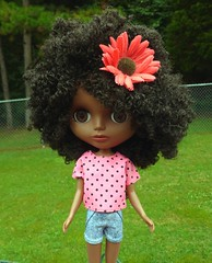 Jecci 5 Blythe Clone Doll - Jade (WakeUpFrankie) Tags: doll dolls d curly jade blythe multicultural ethnic curlyhair dollclothes dollcollection dollphotography dollfashion dollaccessories aablythe dollcollector ethnicdoll africanamericandoll aadolls jeccifive jecci5 jadedoll naturalhairdoll curlyhairdoll culturaldoll jecci5jade