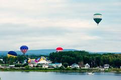Head start (emrold) Tags: sky balloons ottawa gatineau hotairballoons montgolfires 60d