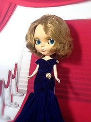 """Blythe-a-Day September #22: Sapphire: """"The French Flower"""" Angel Farget"""