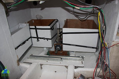 Installation des bacs de batteries