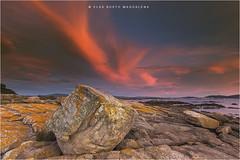Carreirón...... (PITUSA 2) Tags: 2 de atardecer paisaje cielo nubes vilanova piedras busto illadearousa magdalenapitusa puntacarreiron arousapontevedragaliciaelsa