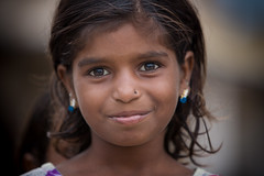 Inde: jeune fille du Rajasthan. (claude gourlay) Tags: inde india asie asia claudegourlay portrait retrato ritratti face people enfant child rajasthan chandelao