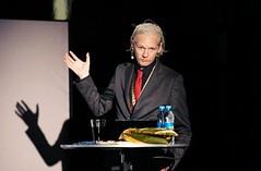 WikiLeaks CIA zararlılarını açıklamakta kararsız (Teknoformat) Tags: assange cia haber kontrat sızıntı wikileaks
