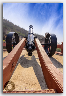 Vintage Cannon placed in defence