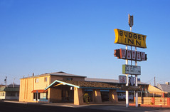 Budget Inn, Holbrook, Arizona (Niall Corbet) Tags: usa arizona southwest holbrook motel budgetinn