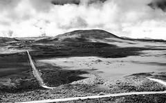 Vers le Piton de la Fournaise (PhiLgd) Tags: pas de bellecombe monocrhome noir et blanc black white volcan piton la fournaise paysage 35mm nikon réunion road route lunaire