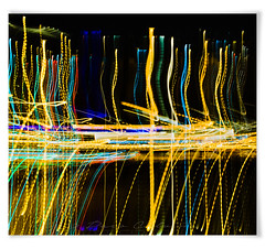 Light Beat (Paco CT) Tags: action actividad activity luz motif movement movimiento nightshot nocturna accion light motion barcelona spain esp cadence beat rhythm abstract pacoct 2017
