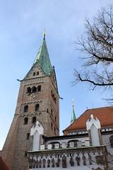Steeple, Hohe Domkirche Unserer Lieben Frau zu Augsburg (dididumm) Tags: church sunshine germany bayern bavaria cathedral dom gothic kirche steeple romanesque augsburg sonnenschein gotisch schwaben kirchturm swabia romanisch augsburgerdom augsburgcathedral