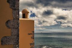 Forte da Giribita e S. Julio da Barra (Antnio Alfarroba) Tags: lisboa fortaleza tejo barra fortress tagus forte