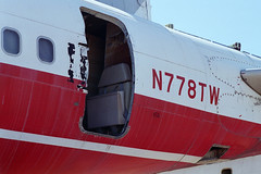 Ex-TWA 707-331B, N778TW (Ian E. Abbott) Tags: aircraft jet boeing 500views 707 boneyard twa airliner boeing707 davismonthan amarc davismonthanafb jetairliner transworldairlines masdc lostwings amarg derelictaircraft aircraftstorage 18409 707331b desertboneyard aircraftscrapping n778tw cn18409 aftboardingdoor flightattendantseat