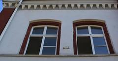 (:Linda:) Tags: school two window germany town open thuringia heinrichs suhl flagholder suhlheinrichs