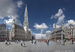 Ready for the Carpet Flowers. Great market, Brussels, Belgium (Gaston Batistini (6 million+ views thanks to all !) Tags: flowers brussels carpet belgium belgique belgie grandplace sony bruxelles panoramic panoramica brussel stitched grotemarkt panoramique batistini greatmarket tapisdefleurs a6000 gbatistini gastonbatistini sonya6000