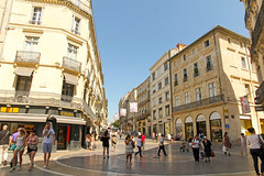 Rue de la Loge - Montpellier (France) (Meteorry) Tags: city morning urban france june circle europe pavement centre center montpellier shops pedestrians artery ville trottoir matin etam languedocroussillon historique 2014 hrault magasins bocage pitons meteorry kooka cusson ortholan montpel ruedelaloge monspessulgnus