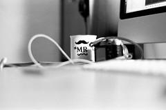 Mr Mug (Aadi Salman) Tags: availablelight montreal hp5 sonnar zm ilfordhp5400 leicam3 csonnart1550zm tmaxdev19 csonnart1550