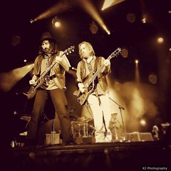 Mike Campbell & Tom Petty (fandlinvegas) Tags: guitars gorge tompetty heartbreakers tompettyandtheheartbreakers mikecampbell