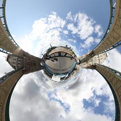 Tower Bridge - Little Planet (jeglikerikkefisk) Tags: uk bridge panorama london tower towerbridge gb 360 sphericalpanorama equirectangular kugelpanorama vereinigtesknigreich sphrischespanorama