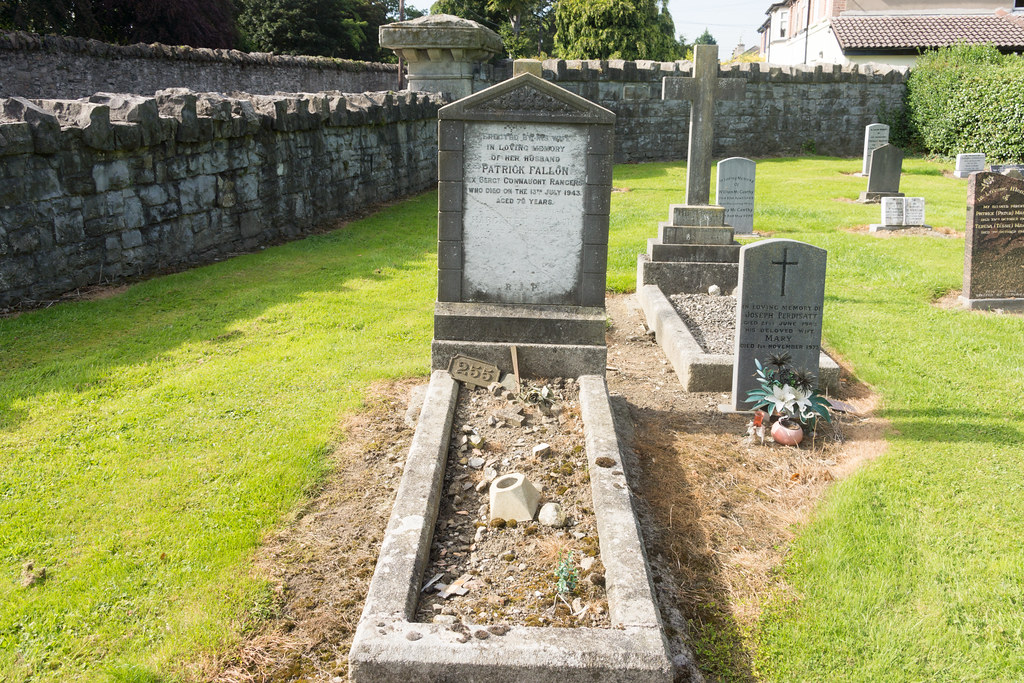 PATRICK FALLON [CONNAUGH RANGERS] - GRANGEGORMAN MILITARY CEMETERY Ref-2143