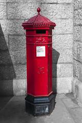 Tower Bridge Queen Victoria Post Box (Giuseppe Baldan) Tags: