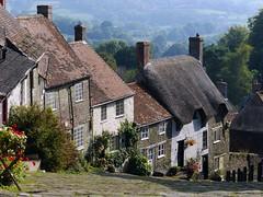 Shaftesbury, Dorset (Oxfordshire Churches) Tags: uk england unitedkingdom panasonic dorset shaftesbury cottages hovis goldhill mft hovisadvertisement ©johnward micro43 microfourthirds lumixgh3