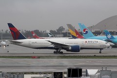 Delta (So Cal Metro) Tags: delta deltaairlines dal boeing 777 777200 n702dn spiritofatlanta airline airliner airplane aircraft aviation airport plane jet lax losangeles la