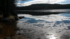 Is och moln (Lejon2008) Tags: is moln vår sjö spegling viaredssjön sandared