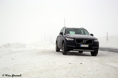 Volvo XC90 (VisaStenvall) Tags: canon eos 6d 24105 mm f4 l is usm norway sweden winter snow new volvo xc90 mountain high altitude slippery road fog clouds cloud