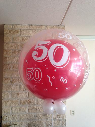 Cloudbuster Rond 50 Jaar Rood met Wit