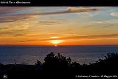 763_D7B9679_bis_Macari (Vater_fotografo) Tags: nikonclubit nikon nuvole natura nwn nuvola nave sicilia salvatoreciambra sanvitolocapo sanvito spiaggia seascape sole ciambra clubitnikon cielo controluce vaterfotografo tramonto macari mare