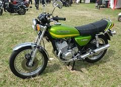 Kawasaki KH 250 (gueguette80 ... Définitivement non voyant) Tags: old cars bike japanese juin autos kawasaki picardie motos motorrad 2014 somme anciennes japonaises quivieres