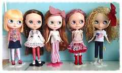 The Pamplemousse models would like to wish our American friends a happy Independence Day and our French friends a happy Bastille Day, and everyone else a happy Friday! (wirsmom) Tags: blythe july4th independenceday