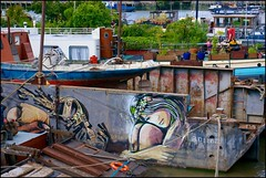 Waterworld London - DSC06959a (normko) Tags: bridge house london tower thames river garden graffiti boat dock ancient mural south floating bank dry mooring roads float anima barge settlement downing